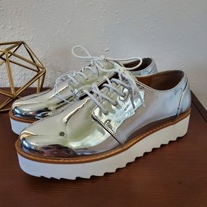 CHINESE LAUNDRY Chrome Sneakers